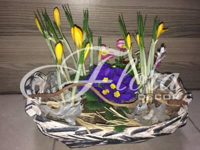 Пролетна аранжировка