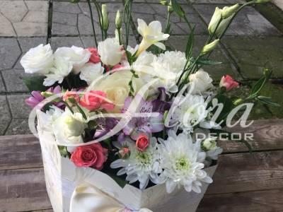 Кутия с цветя