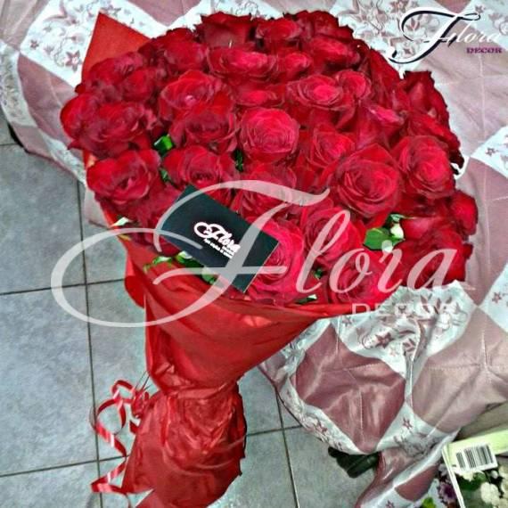 Букет от 31 червени рози